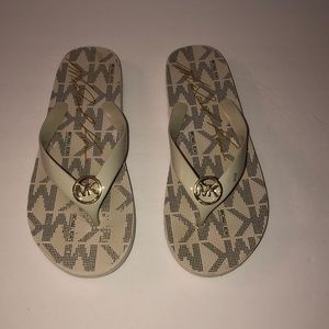 Cream & Michael Kors sandals